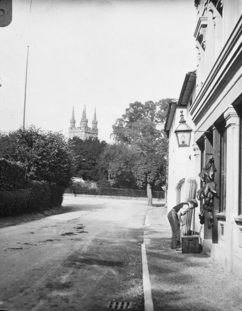 M116-Street-scene