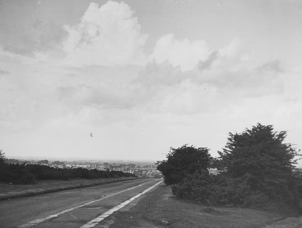 B43-Banstead-Downs-Surrey