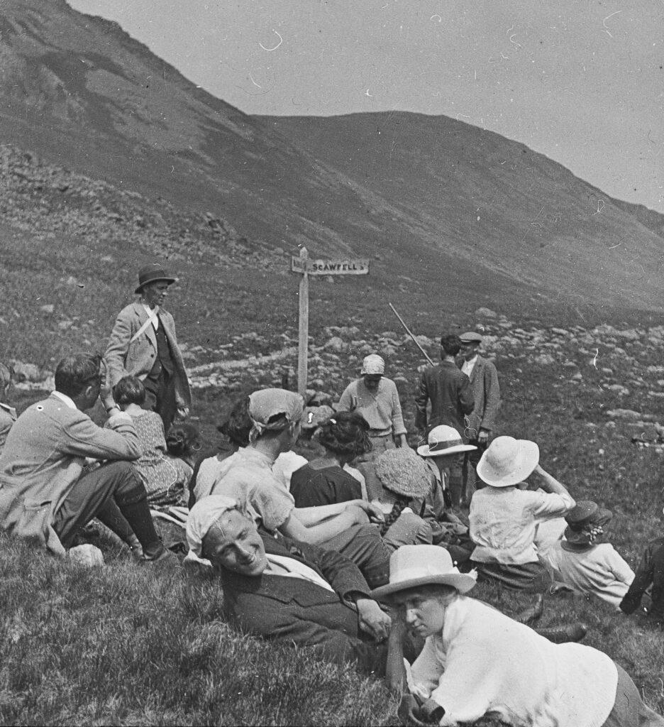 L119-Walkers-Styhead-Pass-1922-signpost-Scafell